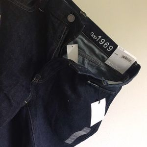 Two pairs of Gap men's 1969 jeans (straight fit)